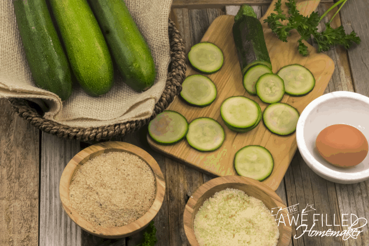 parmesan zucchini chips ingredients include breadcrumbs, zucchini and eggs