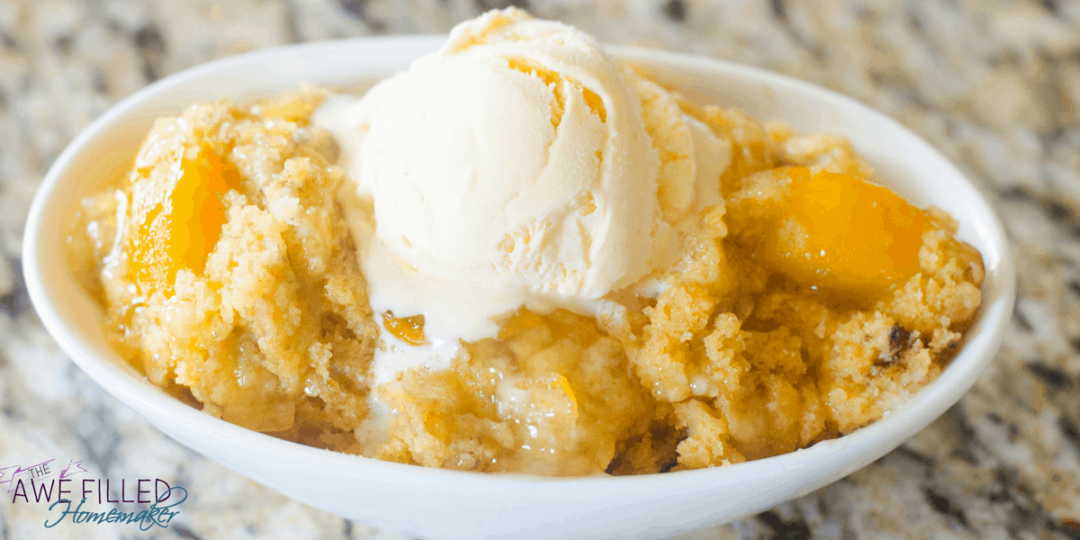 Instant Pot Peach Cobbler