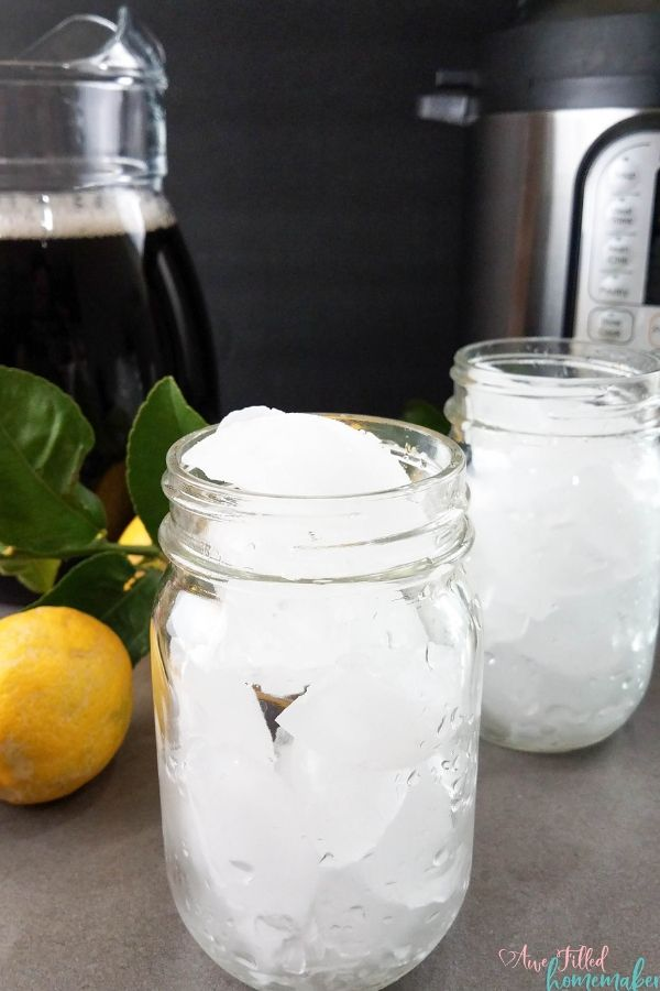 Fill your glasses up for a cold refreshing sweet tea drink from the instant pot!