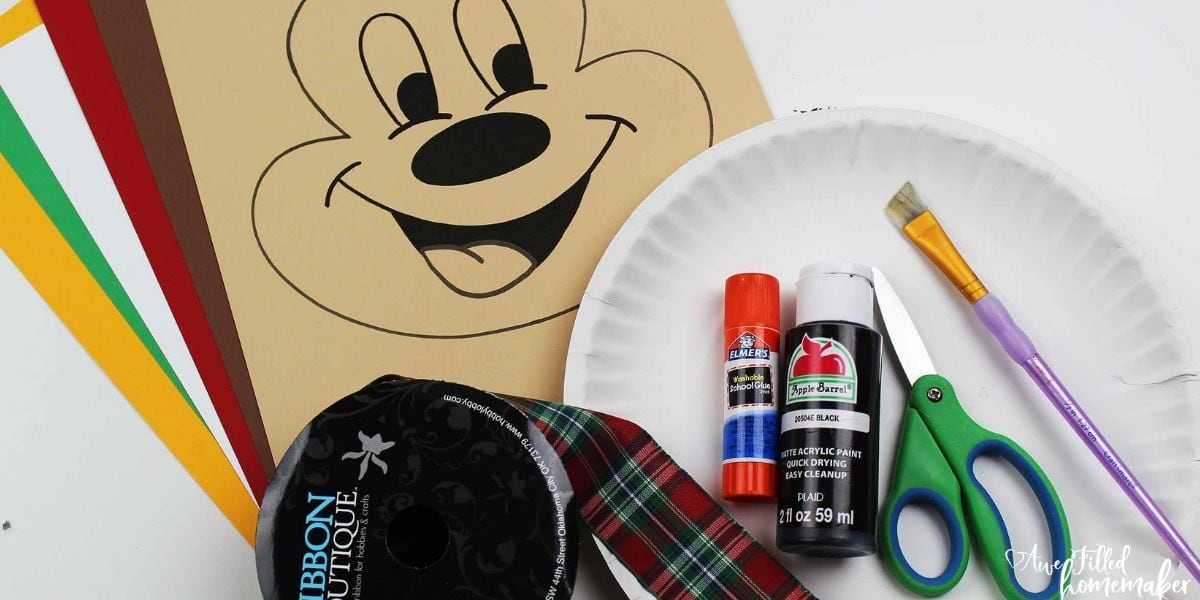 October Walt Disney World Tips for Planning Your Visit + Fall Mickey Craft!