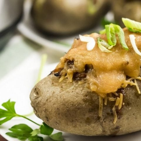 Instant Pot Barbecue Baked Potatoes