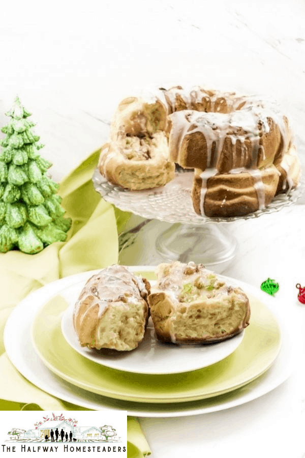 Air Fryer Christmas Coffee Cake